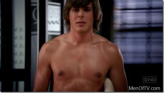 Chris_Lowell_shirtless_07
