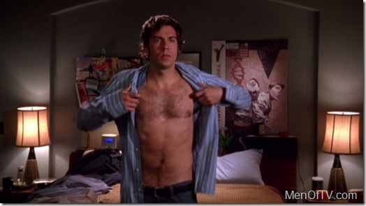 Zachary_Levi_shirtless_01