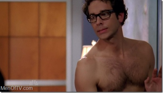 Zachary_Levi_shirtless_02