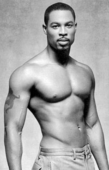 Darrin_Henson_shirtless_01