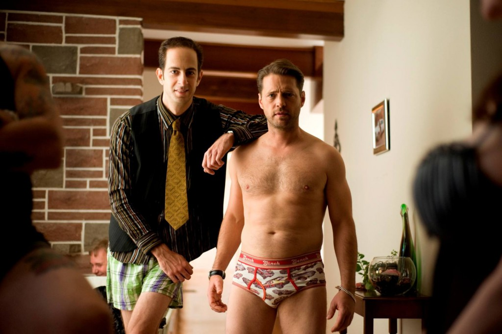 Jason_Priestley_shirtless_02