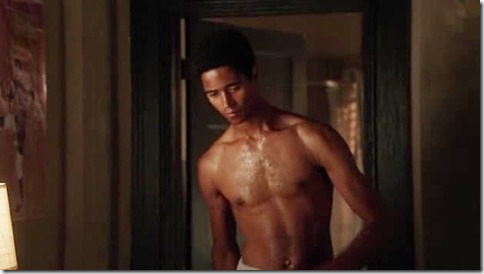 Alfred_Enoch_shirtless_05
